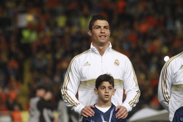 El Clasico – najbardziej strzeżony mecz w historii Hiszpanii.