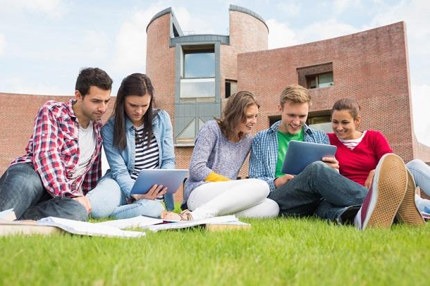 """""""AI Tech"""" dla najzdolniejszych studentów w obszarze sztucznej inteligencji, uczenia maszynowego i cyberbezpieczeństwa"""