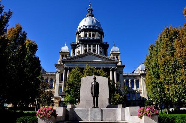 Izba Reprezentantów Illinois zatwierdziła poprawkę do ustawy o równych prawach do Konstytucji USA