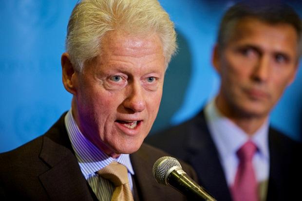 Bill Clinton w New Jersey: Polska i Węgry odrzucają demokrację