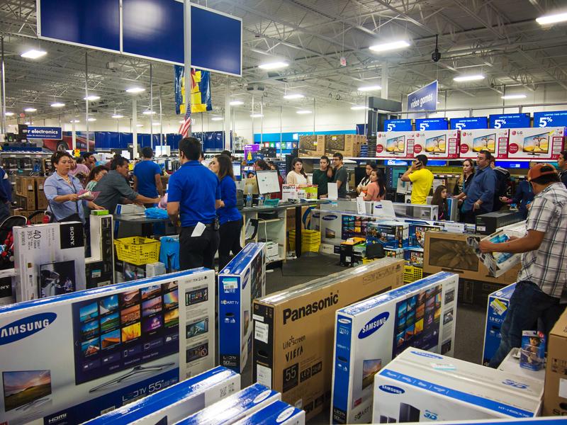 Świąteczny szał zakupów rozpoczęty
