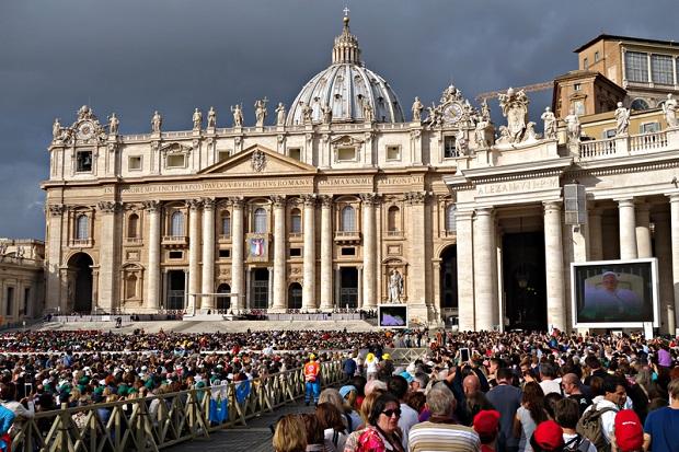 Papież Franciszek przewodniczył w Watykanie uroczystościom Zesłania Ducha Świętego