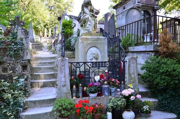 W Paryżu Polacy spotykają się przy grobie Szopena