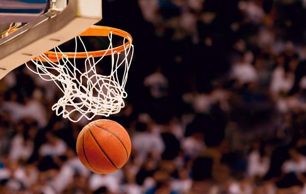 Uczniowie wydaleni ze szkół po zamieszkach na meczu koszykówki