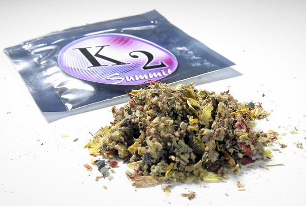 """""""K2"""" i """"Spice"""" – Uwaga groźne narkotyki bardzo podobne do marihuany w Illinois"""