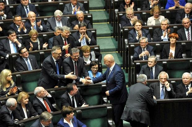 Sejm uchwalił ustawę dotyczącą 6-latków