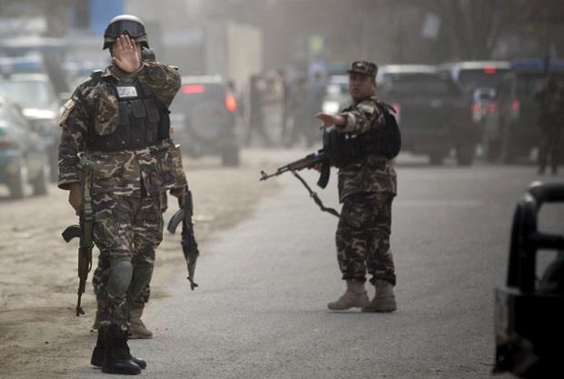Dziesiątki zabitych w zamachu talibów w Kabulu