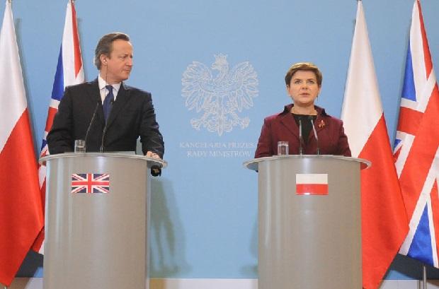 Politycy po wizycie Camerona: Musimy bronić interesu Polaków