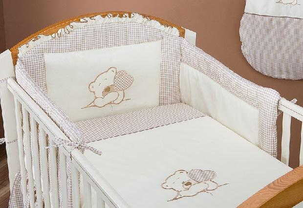 Ochraniacze mogą być przyczyną śmierci łóżeczkowej niemowląt!