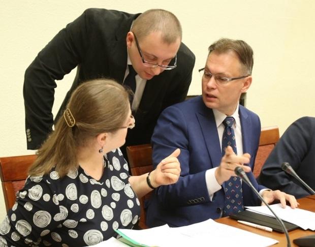 Zakończyło się posiedzenie sejmowej komisji ustawodawczej