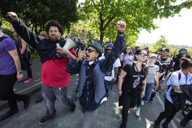Antyfaszystowska demonstracja wymknęła się spod kontroli