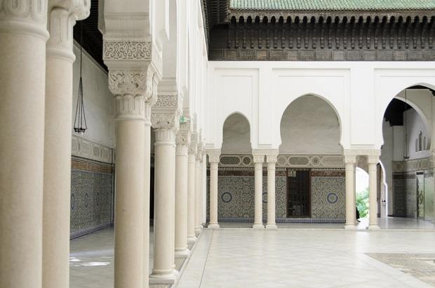 We Francji zamknięto 3 meczety
