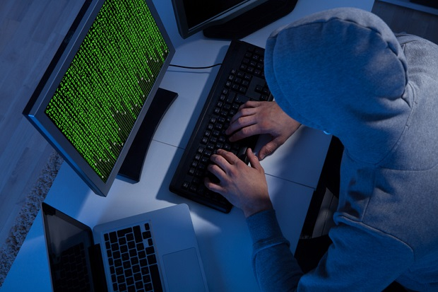 Haker Tomasz T. znany w internecie jako Tomas lub ArmagedOn, trafił na trzy miesiące do aresztu