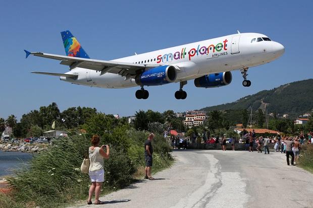 Niemcy kupują lotniska w Grecji