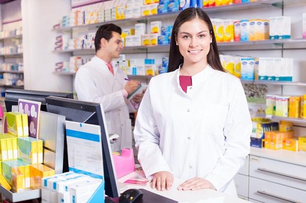 Samorząd aptekarski przeciwny sprzedaży leków poza aptekami