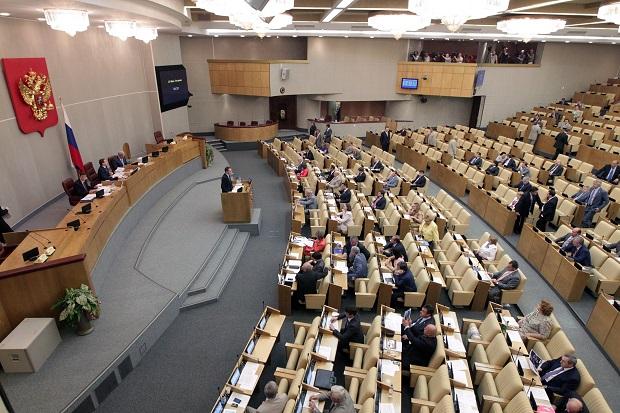"""Kolejne uderzenie w wolność słowa: Rosyjscy deputowani chcą wpisywać osoby fizyczne na listę tak zwanych """"zagranicznych agentów"""""""