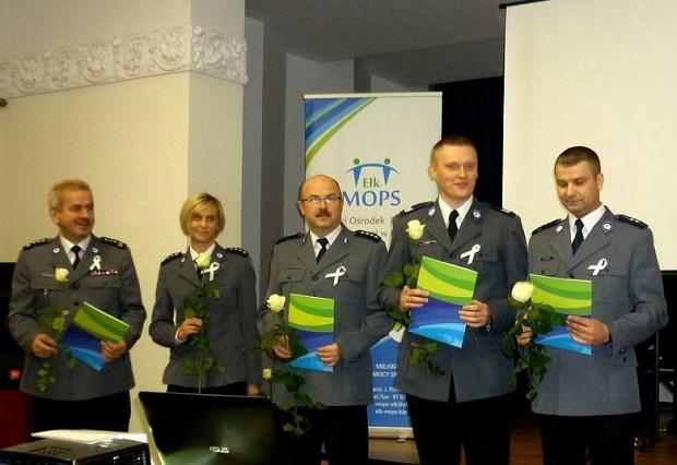 Warmińsko-mazurskie – prezydent Ełku wyróżnił policjantów