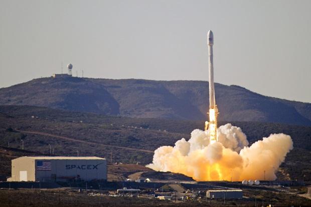 Rakieta Falcon 9 wystartowała w swój drugi lot