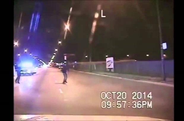 Policyjne raporty po zastrzeleniu McDonalda są sprzeczne z zapisem video!