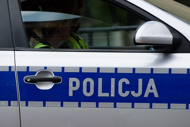 5-latka zadzwoniła na policję. Bała się o matkę, która była pijana