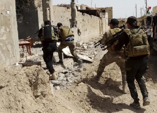Irak: Trwa walka w Ramadi. Irackie siły coraz bliżej odbicia miasta z rąk ISIS