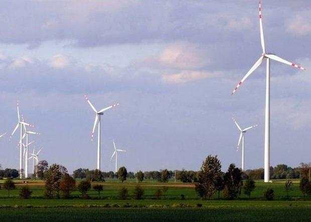 W najbliższych latach w polskim miksie energetycznym przybędzie nowych mocy wiatrowych i fotowoltaicznych