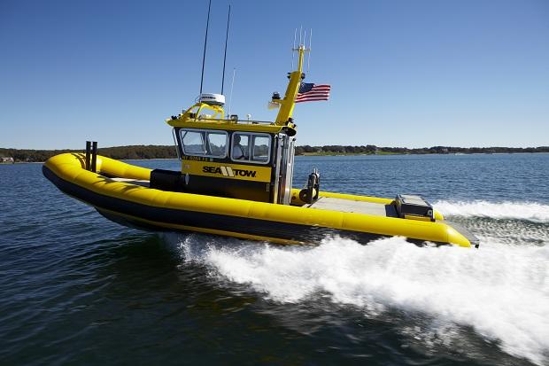 Jacht zatonął u wybrzeży Florydy, uratowano 13 osób