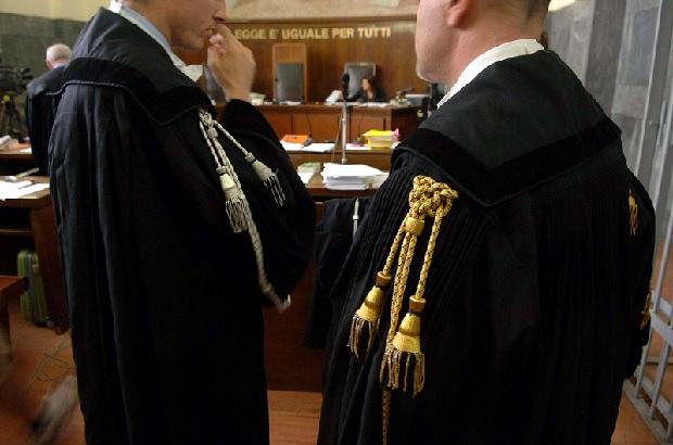 Jak wrocławski adwokat oszukiwał ludzi