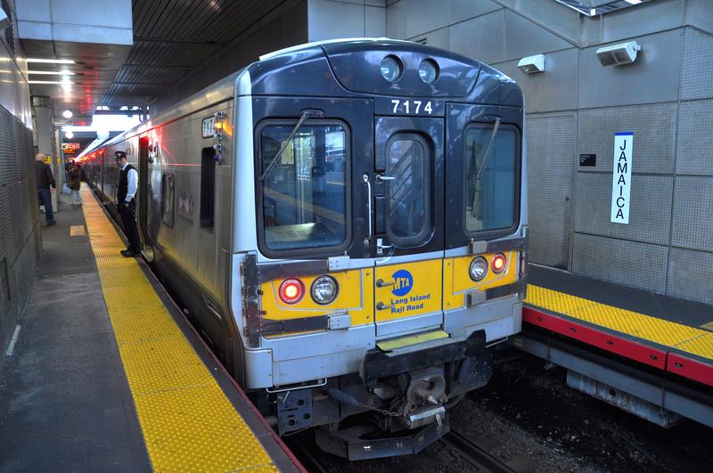 Jeden bilet na autobus, metro i Long Island Rail Road