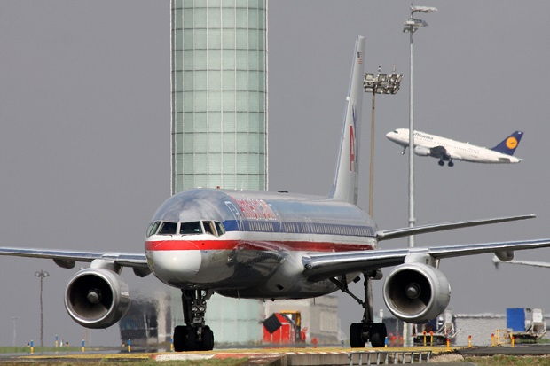 Ruch na lotniskach powoli wraca do normy