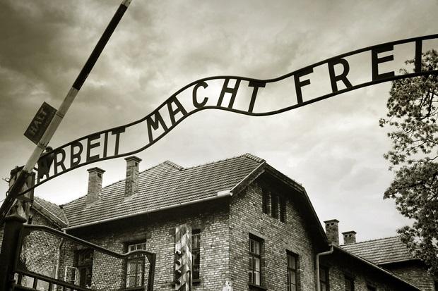 Mobilne muzeum ma przypomnieć Amerykanom o niemieckich obozach koncentracyjnych