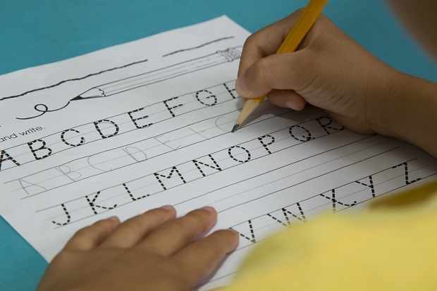 Obowiązkowa nauka pisania kursywą w szkołach?