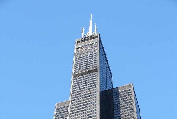 Willis Tower zepchnięty na 11. miejsce najwyższych wieżowców na świecie