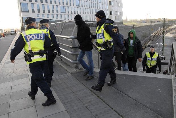 Szwecja: Policja nagminnie umarza śledztwa