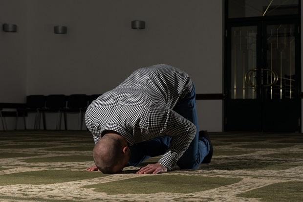 Holandia: Sąd nakazał ministrowi edukacji finansowanie muzułmańskiego liceum… Samobójstwo Europy?!