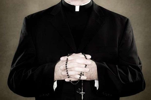 77 nazwisk na liście księży wykorzystujących nieletnich