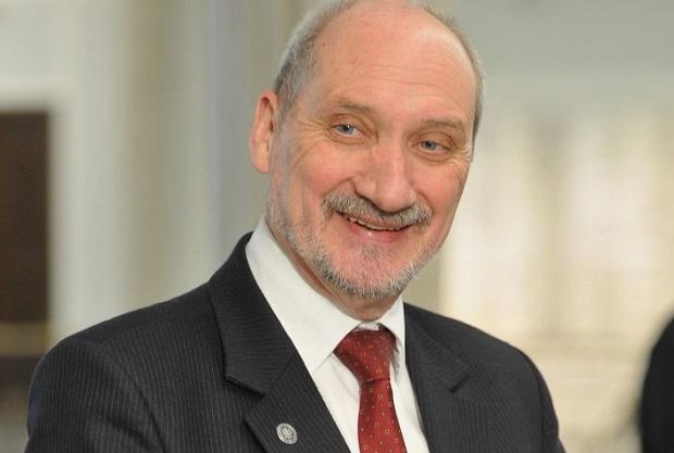 Prezydent zdecydował: Antoni Macierewicz marszałkiem seniorem Sejmu