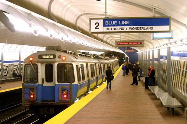 W Massachusetts mogą podrożeć przejazdy metrem, pociągiem i autobusem