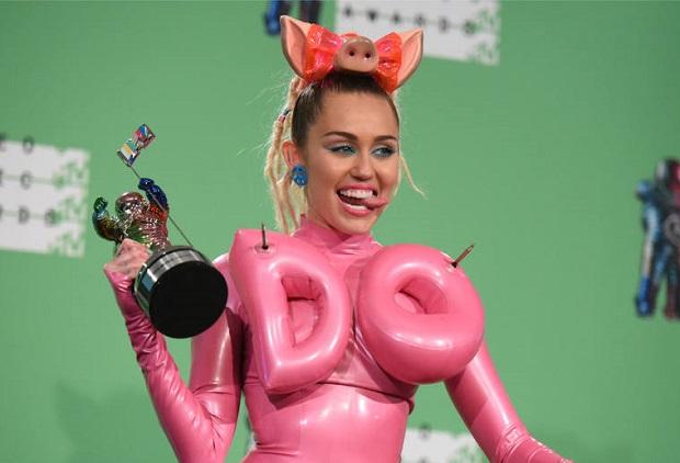 Miley Cyrus zagra u Woody`ego Allena