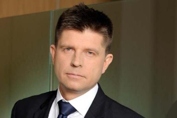 Petru zaapelował do Ziobry o odtajnienie zeznań byłego szefa Komisji Nadzoru Finansowego