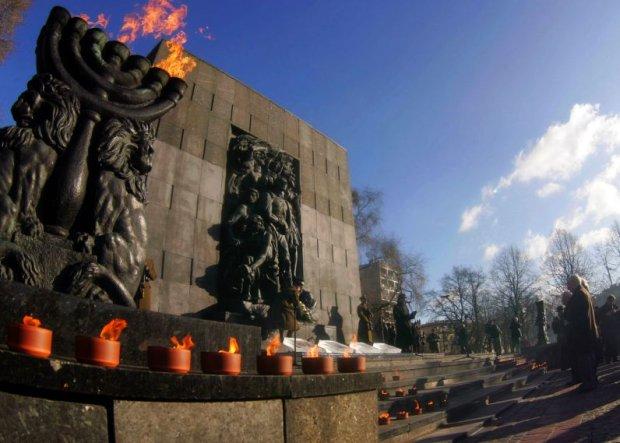 73 lata temu wybuchło powstanie w warszawskim getcie