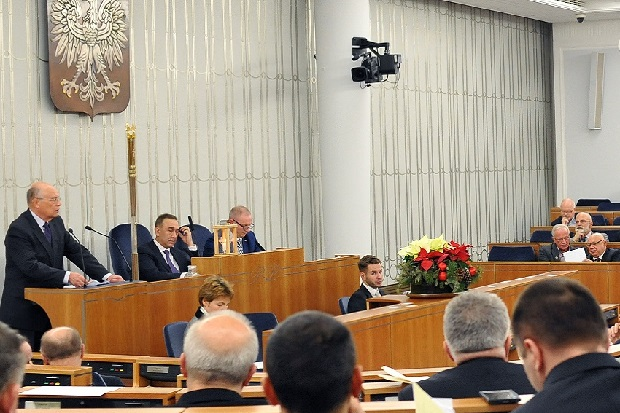 Senat podjął uchwałę w sprawie uczczenia 100. rocznicy Bitwy Warszawskiej