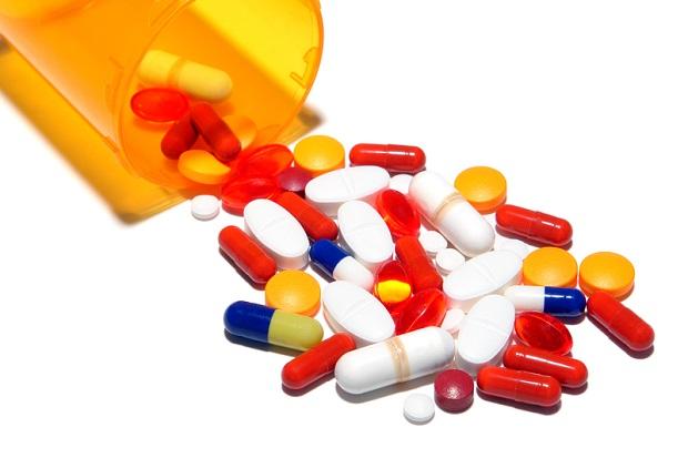 Lekarze sprzedali na ulicy około miliona tabletek przeciwbólowych