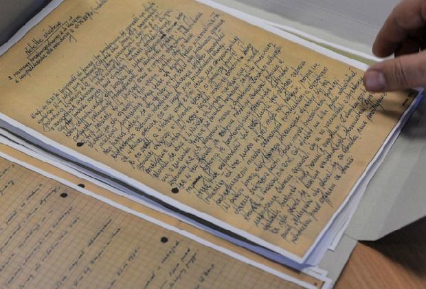 Fragmenty służalczych listów znanych osób do Kiszczaka