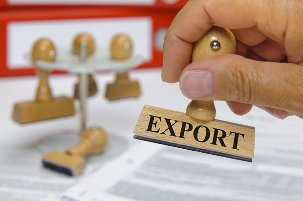 """""""Moda na eksport"""". Blisko 220 miliardów euro może sięgnąć wartość polskiego eksportu w tym roku"""