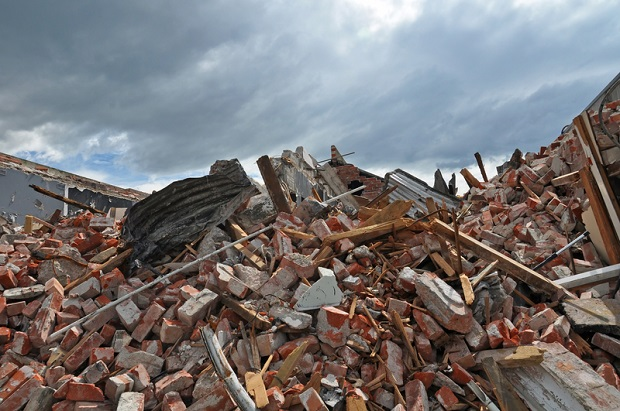 Długa i kosztowna odbudowa zniszczeń po trzęsieniu ziemi we Włoszech