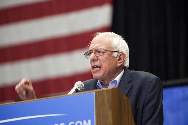 Bernie Sanders w Waszyngtonie: proszę, pójdźcie do urn