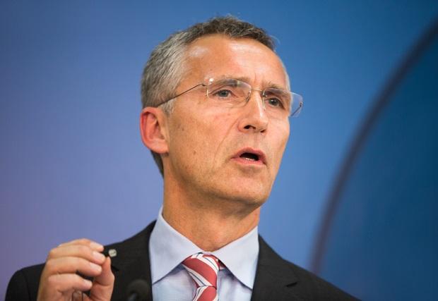 Szef NATO w USA apeluje o przezwyciężenie obecnych podziałów i ostrzega przed zagrożeniem ze strony Rosji