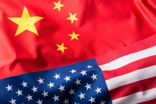 Konflikt handlowy i celny między USA a Chinami stwarza zagrożenie dla światowej gospodarki