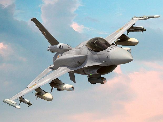 Polskie F-16 eskortowały amerykańskie bombowce